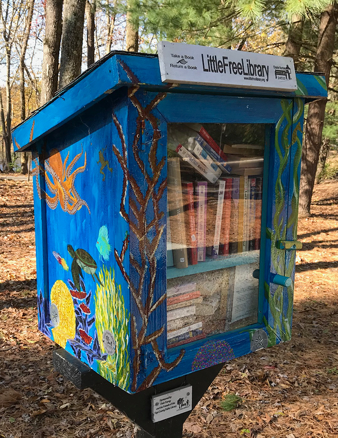 Little Free Library at Hawthorn Park